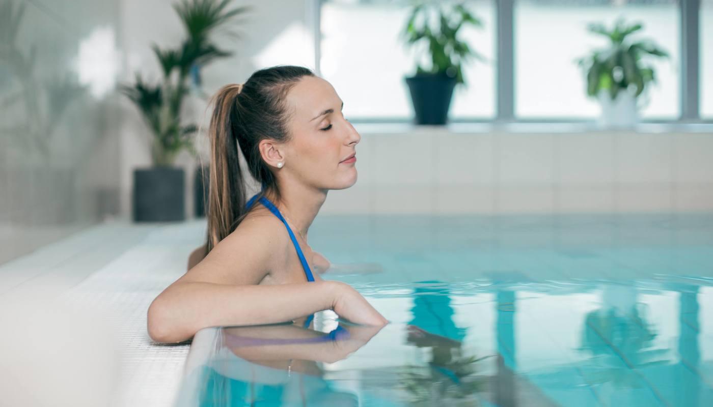 Vannkanten tilbyr svømmekurs for voksne i Bergen
